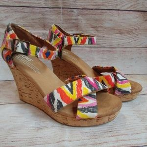 dcaa30c79d79 Toms Shoes - TOMS Sienna Cork Wedge Sandals Tribal 6